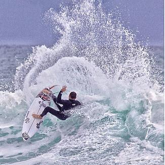 CHRIS BORST surfboards オーダー受付。