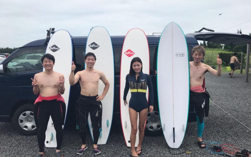 サーフィンに行こう〜〜 20190720 上手くなって行ってるよ!サーフィン 体験 スクール