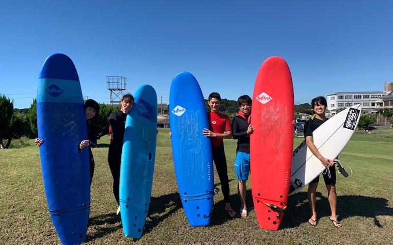 サーフィンに行こう~~  20191013 台風の去った後。 サーフィンスクール 体験スクール