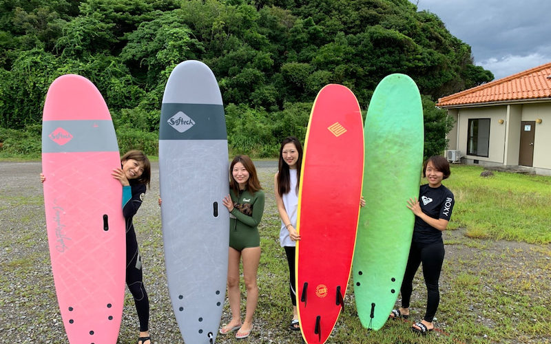 サーフィンに行こう~~  20200714 太平洋側は雨なので日本海だ。サーフィンスクール